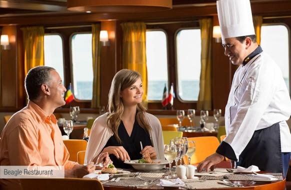 galapagos-santa-cruz-beagle-restaurant-2-980×628