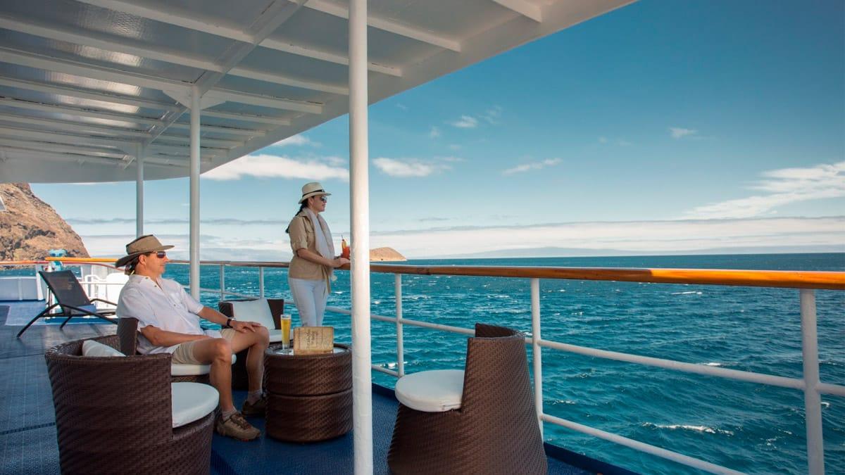 Isabela Yacht sundeck