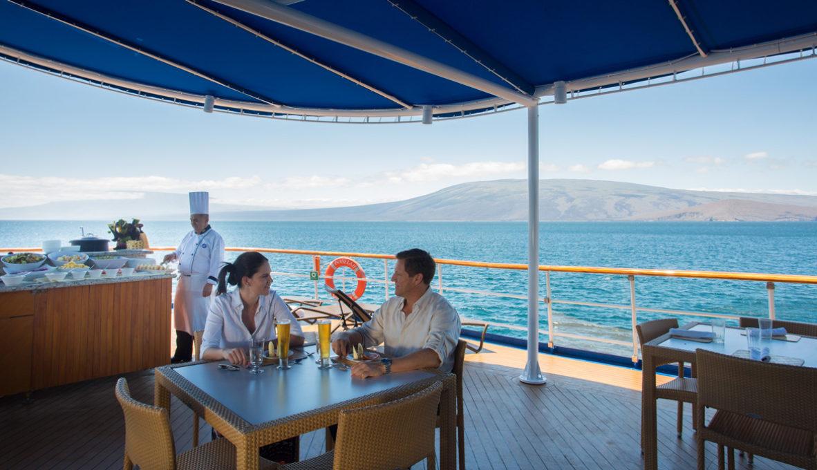 Yacht Isabela II – Social Area – Al fresco Bar