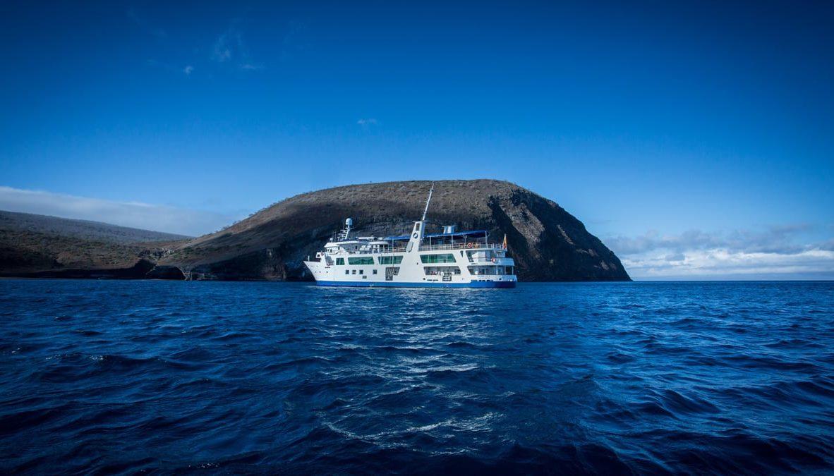 Yacht Isabela II