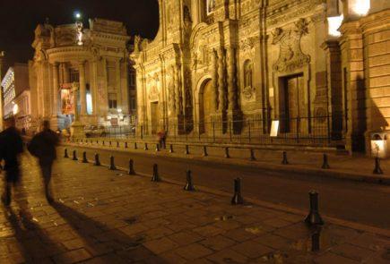 La Compañia at night