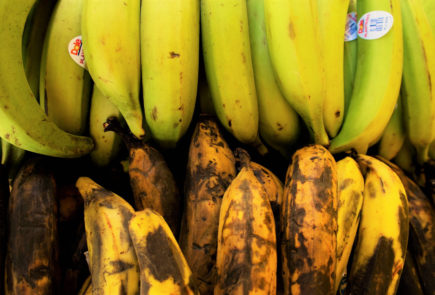 Green and ripe plantains