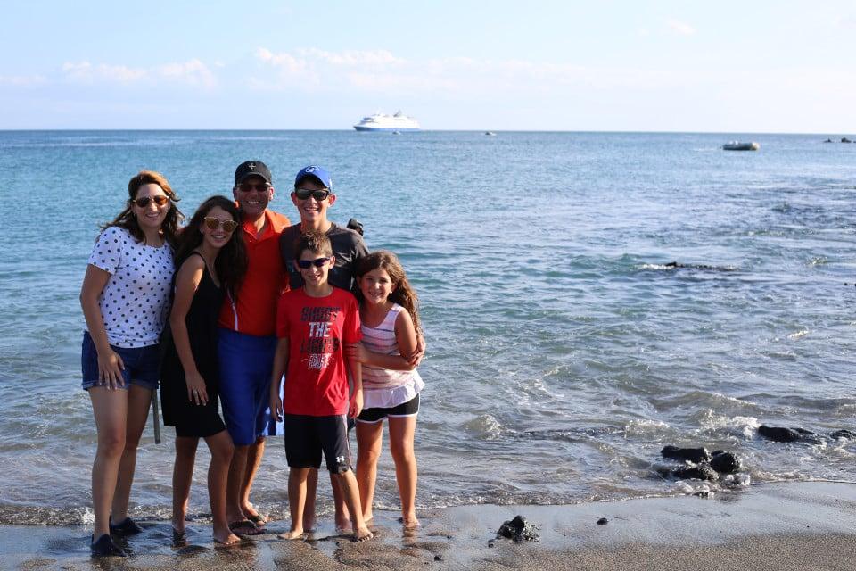 family-trip-galapagos