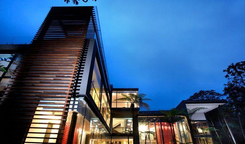 Mashpi Lodge Luxury Cloudforest
