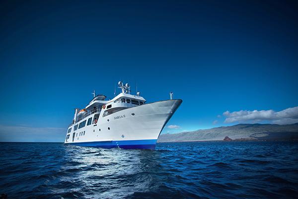 Yacht Isabela II: Best Galapagos Cruise Itinerary