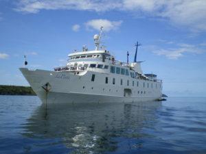 Yacht La Pinta: Best Galapagos Cruise Itinerary