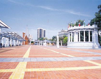 Guayaquil's boardwalk.
