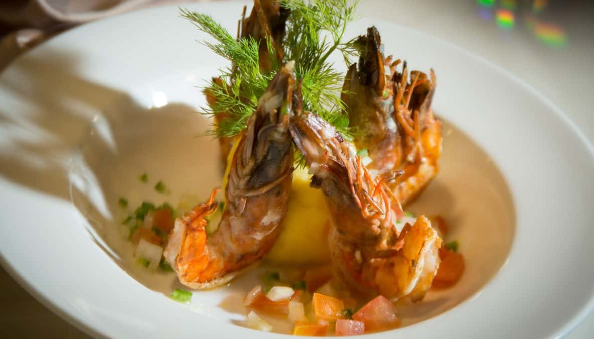 Gastronomiy in Yacht Isabela II.