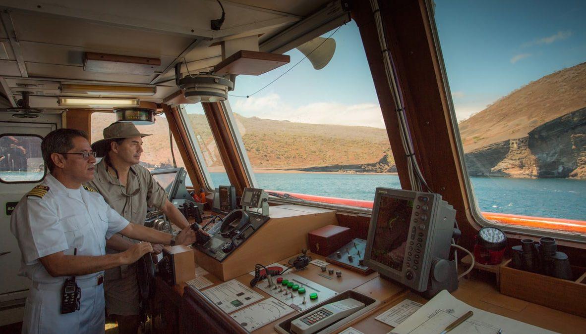 The bridge in Yacht Isabela II.