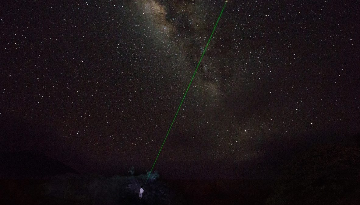Star gazzing in Yacht Isabela II.