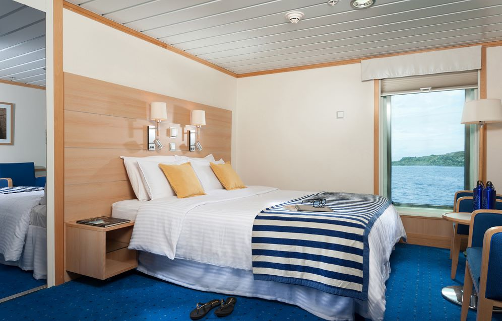 Luxury Double Cabin - Yacht La Pinta.